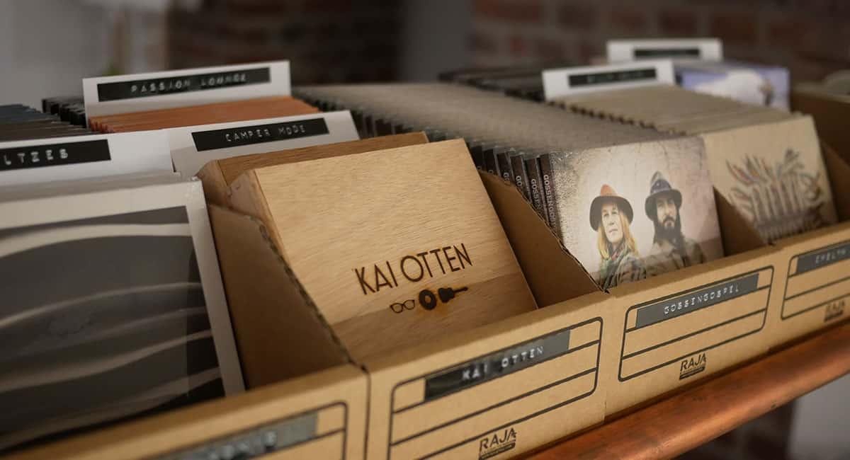 """Plattenfirma to go - physischer Vertrieb mit """"Merchbox"""" / Foto: Hey!blau GmbH"""